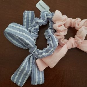 Urban Outfitters Scrunchie Pack NWT